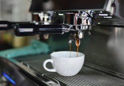 Hvem skal vælge industri kaffemaskiner?